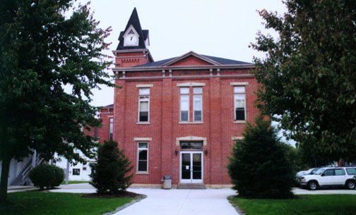 pendleton county courthouse in kentucky